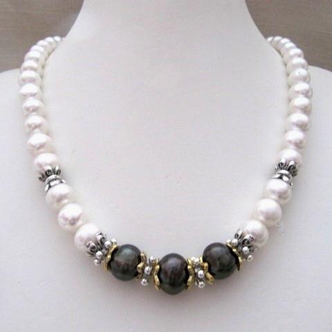 """Кольє, браслет, сережки """"Ніколь"""" - білий, шоколадно-оливковий перли"""