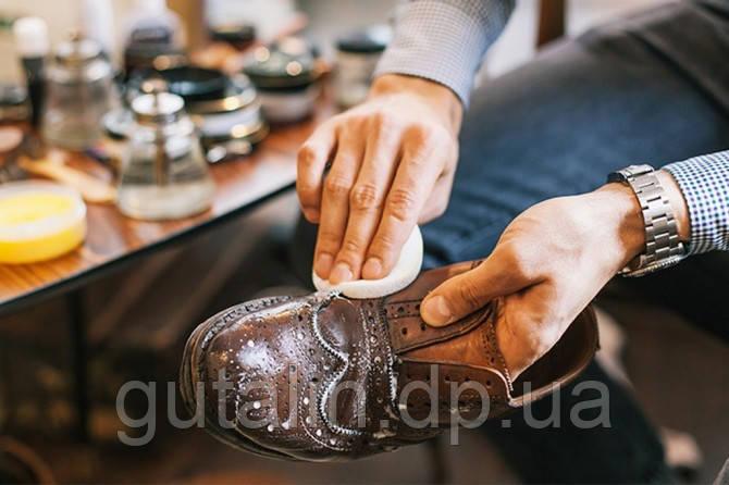 Выведение пятен с обуви, сумок и других кожаных изделий