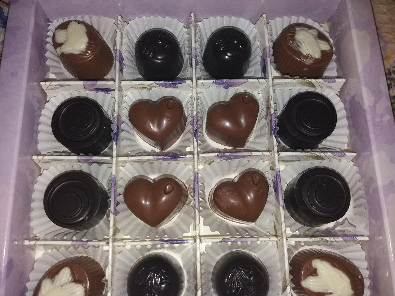 """Шоколадні цукерки """"Асорті"""" (натуральні), ручна робота"""