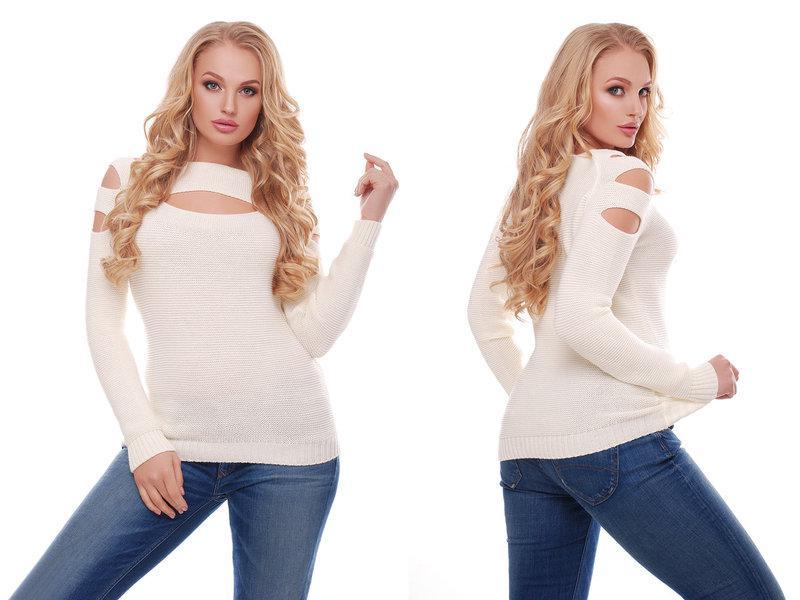 Женский красивый свитер / размер один 46-50 / цвет молоко
