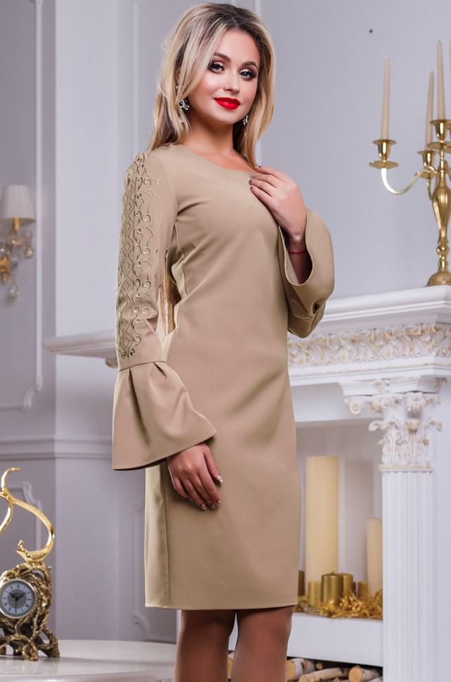 Платье до колен бежевого цвета Д-584