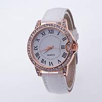 Часы женские Geneva Питон Стразы белые