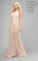 Длинное вечернее платье с объемной цветочной вышивкой