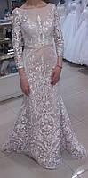 """Свадебное облегающее по фигуре платье - """"рыбка"""" с рукавом цвет - айвори + капучино"""