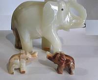 Слон из натуральных камней