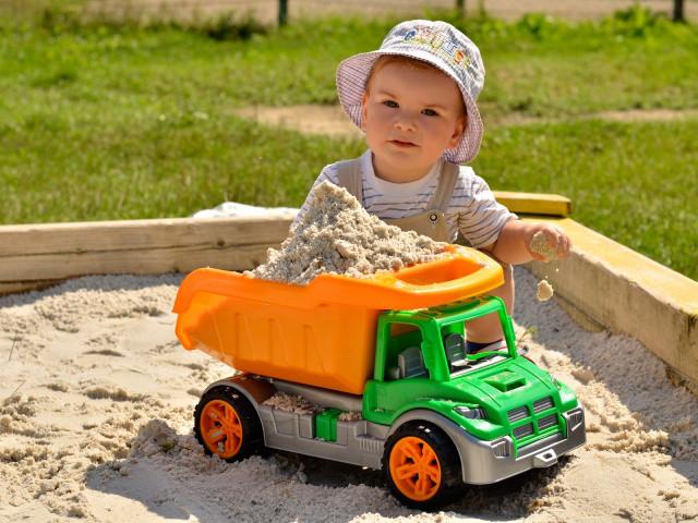 Машинка детская самосвал