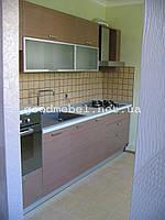 Кухня с фасадами из МДФ и алюминия