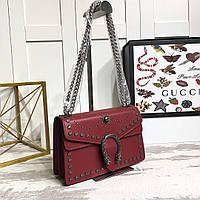 Небольшая сумка на цепочке Gucci