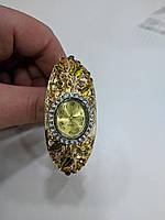 Женские кварцевые часы-браслет