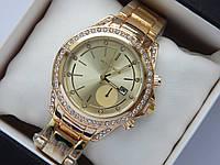 Женские наручные часы копия Michael Kors золото, метки - стразы, золотой циферблат с датой