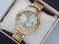 Женские наручные часы Michael Kors золото, метки - стразы, серебристый циферблат с датой