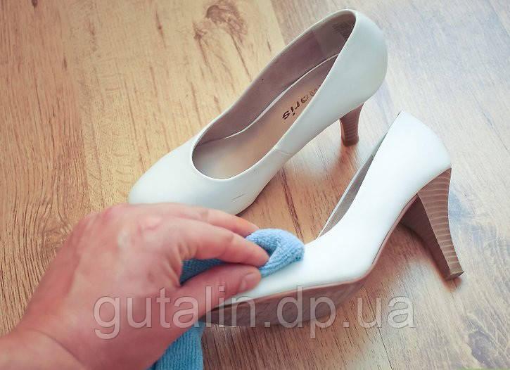 Восстановление идеально белого цвета обуви