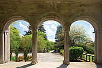 Фотообои 3D природа, пейзаж (флизелин, бумага) 368х254 см : Сад за арками (138CN)