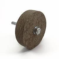 Круг войлочный на штоке 100х25х8 мм (мягкий)