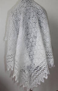 Оренбургский молочный пуховый платок-паутинка Женевьева 110см х 110см
