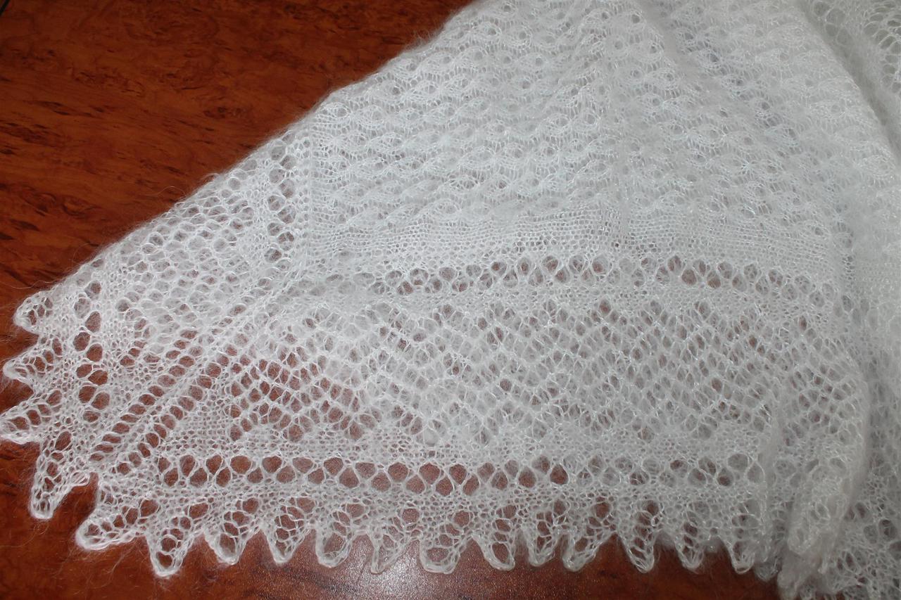 Женский молочный пуховый платок Анжелика
