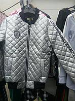 Стильная серая  весенняя куртка  M, серый