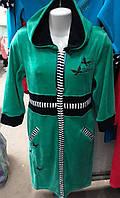 Женский красивый велюровый халат с вышивкой