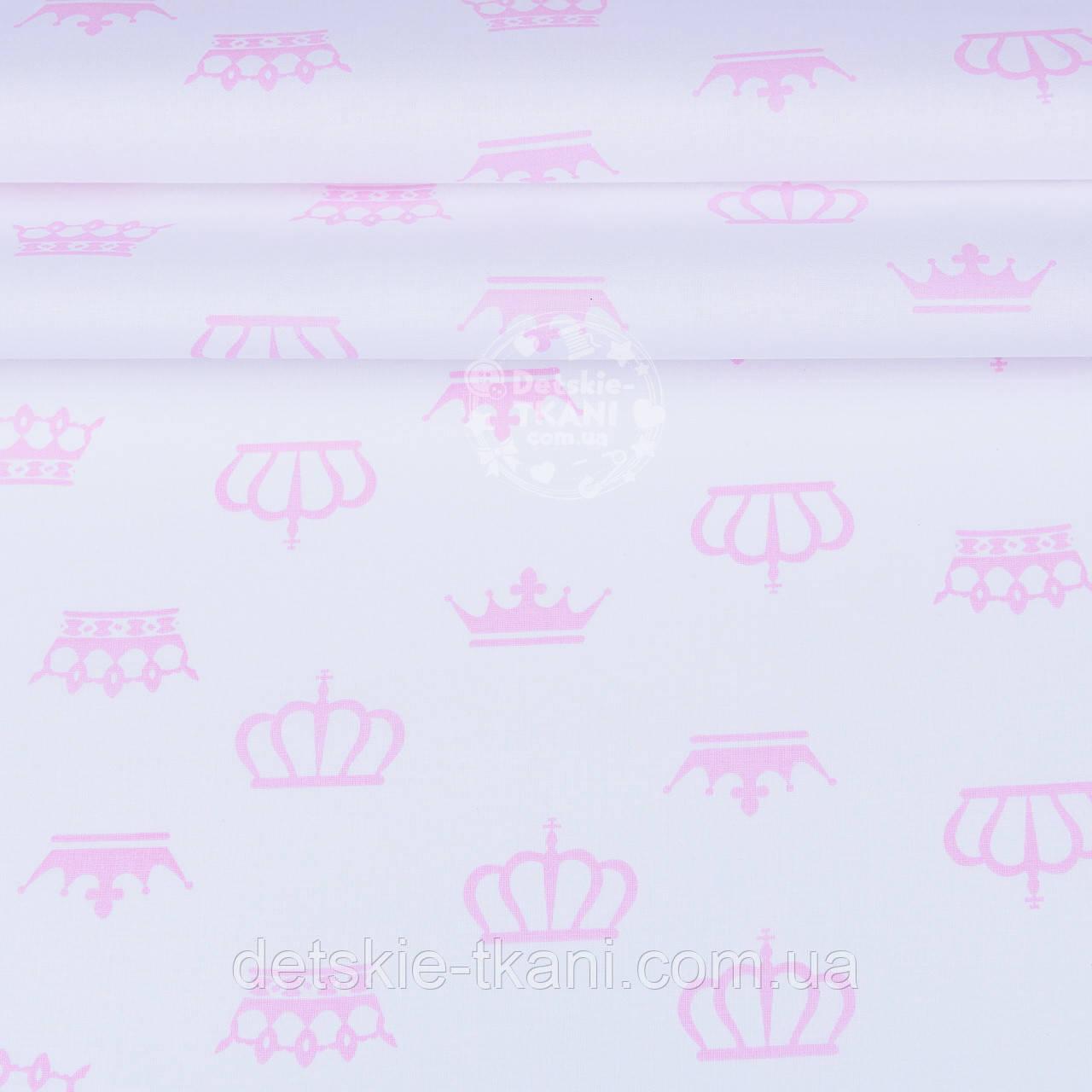 Ткань ранфорс шириной 220 см с розовыми коронами на белом фоне (№1218)