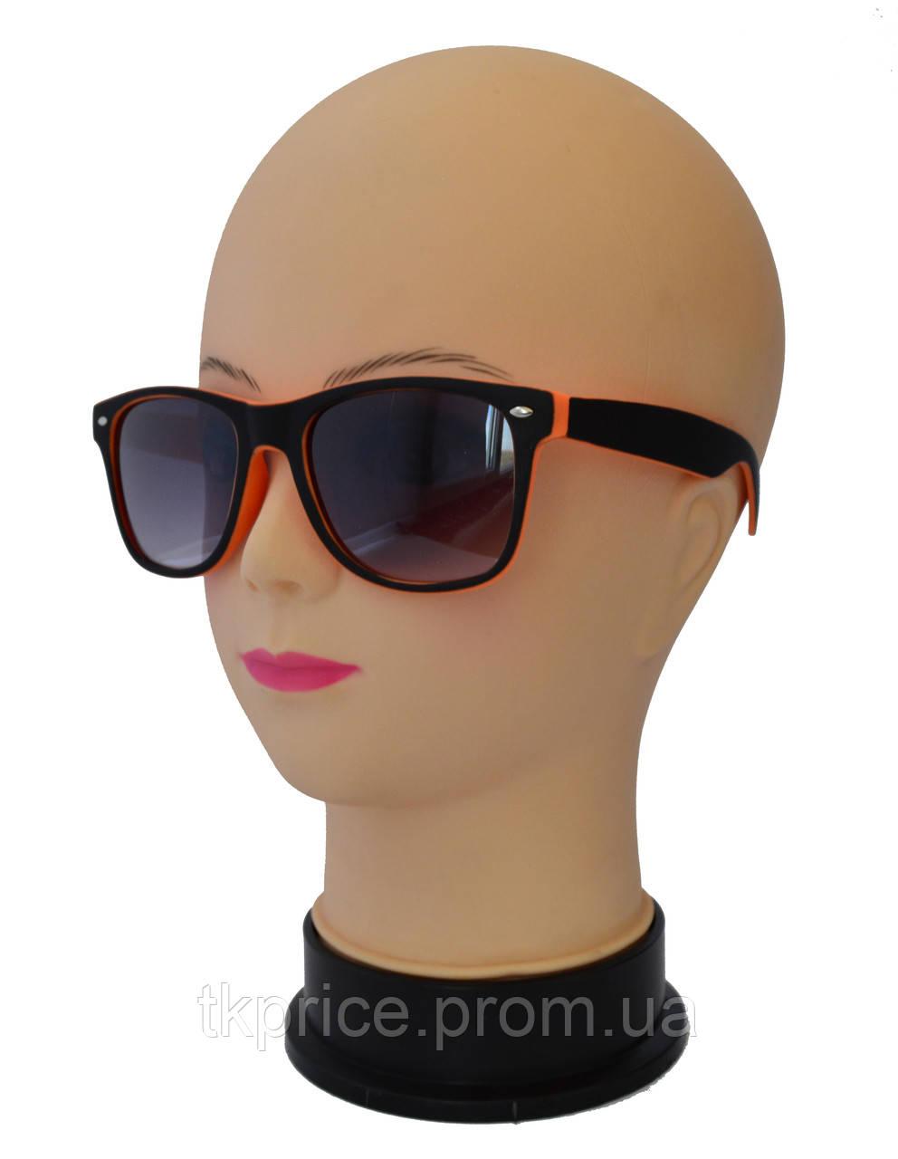 Солнцезащитные очки унисекс Wayfarer матовые