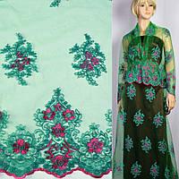 Кружево кружево кружевная ткань гипюр на сетке зеленый в малиновые цветы с двухсторонней каймой ш.133 ткань