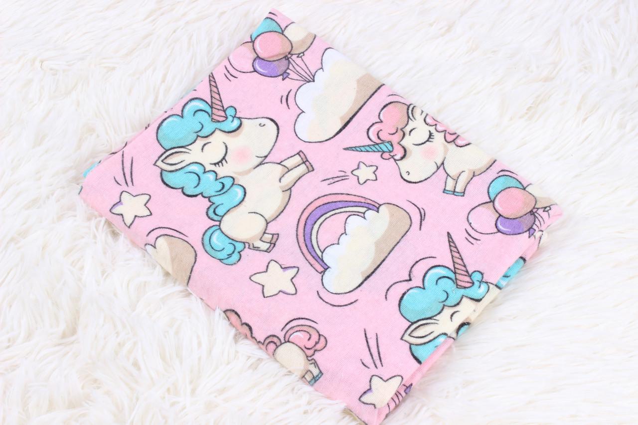 Фланелевая пеленка Единороги на розовом