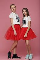 Красная пышная юбка из фатина для мамы и дочки фэмили лук