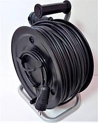 Электрический удлинитель на катушке без з/к с выносной розеткой  50м (ПВС 2*1,5)