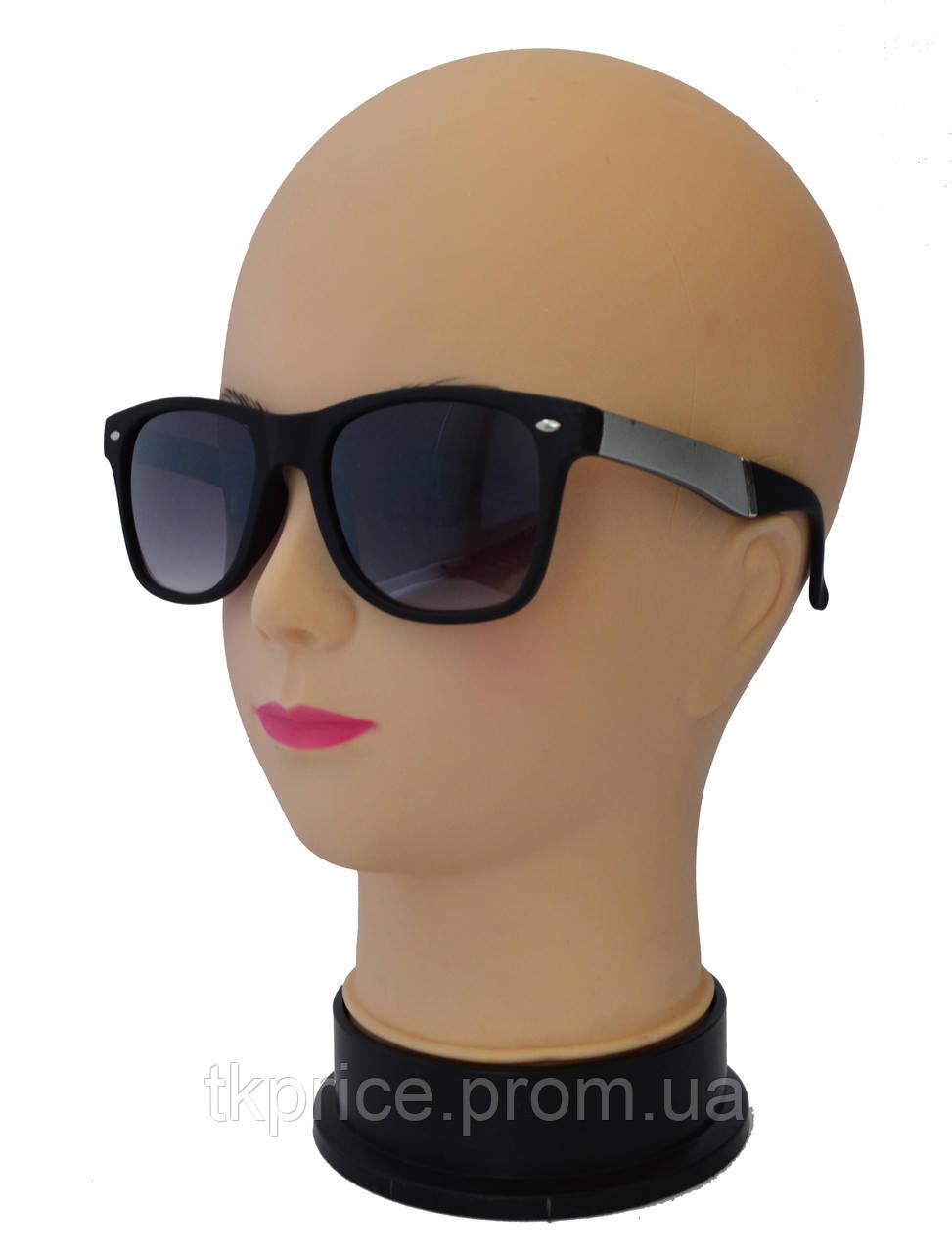 Солнцезащитные очки унисекс Ray Ban матовые