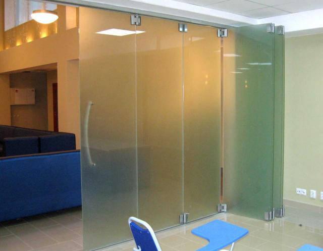 3 Производство стеклянных перегородок гармошка для дома и офиса