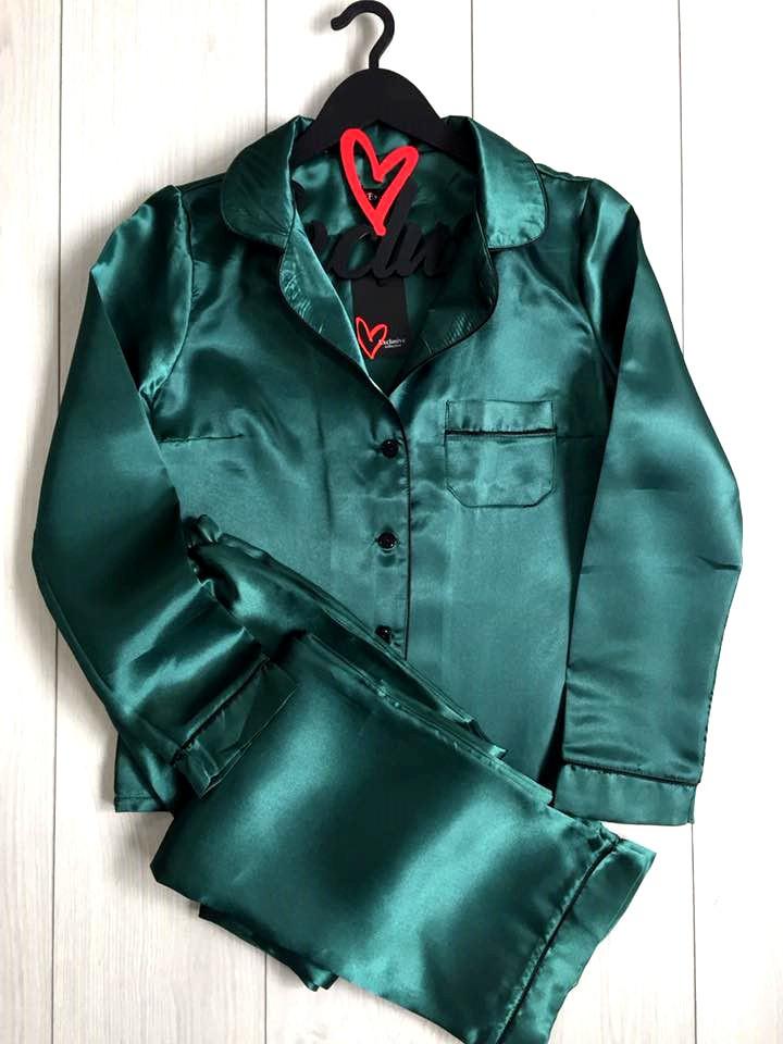 Изумрудный атласный комплект пижамы: рубашка и штаны
