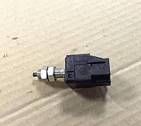 Датчик включения стоп-сигнала Subaru Outback, Legacy B13 03-08, 83370AA001