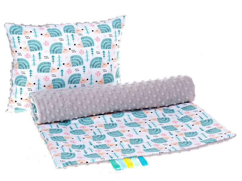 Комплект в детскую коляску BabySoon Ежики мятные одеяло 75х78 см подушка 30х40 см серого цвета
