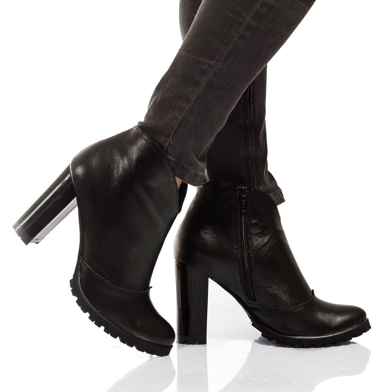 Ботинки на каблуке, из натуральной кожи, замша на молнии. Три цвета! Размеры 36-41 модель S2905