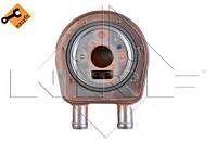 Радиатор масляный Renault Trafic 1.9dCi 01- (теплообменник), код 31222, NRF