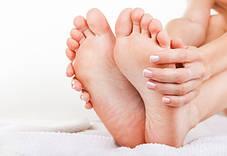 Косметические средства по уходу за кожей рук и ног