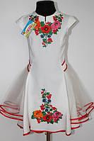 Вишите плаття для дівчинки Veronika Діана мальви молочне