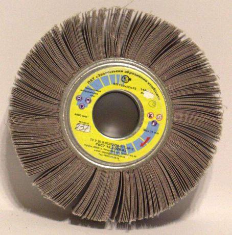 КШЛ 150х30х32 Р60 ЗАК (Круг шлифовальный лепестковый)