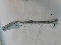 Кронштейн крила для Renault Trafic Рено Трафік Opel Vivaro Опель Віваро