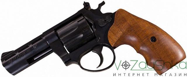ME 38 Magnum 4R с деревянной рукоятью