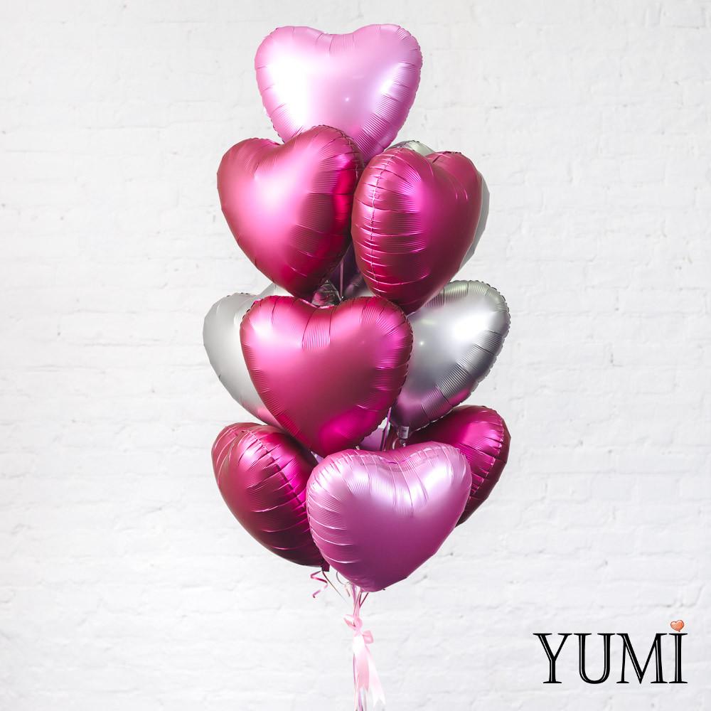 Стильная связка из матовых шаров сердец с гелием для девушки на День Влюбленных