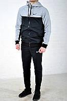 Мужской спортивный костюм Nike с капюшоном черного цвета, серые плечи