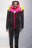 Модный спортивный  костюм  с яркими вставками женский  купить