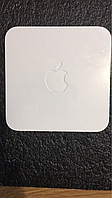 Apple AirPort Extreme MB053LL/A  A1143  2 Gen