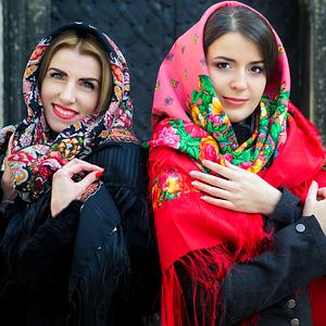 Павлопосадские платки, шарфы и шали платочной мануфактуры