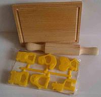 """Набор """"Маленький кондитер"""", 8 предметов (качалка, досточка, 6 формоч.) бук., пак. 36*17см"""