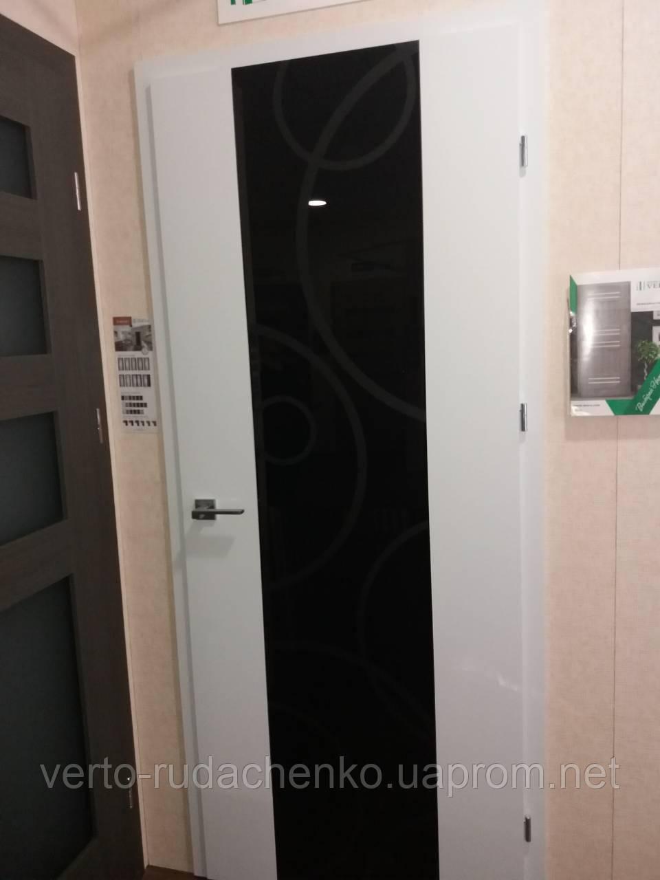 """Двери Verto Элегант 7 Триплекс черный  цвет Белый """"Резист"""""""