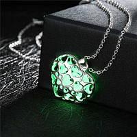 Светящийся кулон на шею Зеленое сердце!