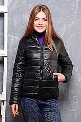 Жіноча коротка куртка демісезонна чорного кольору