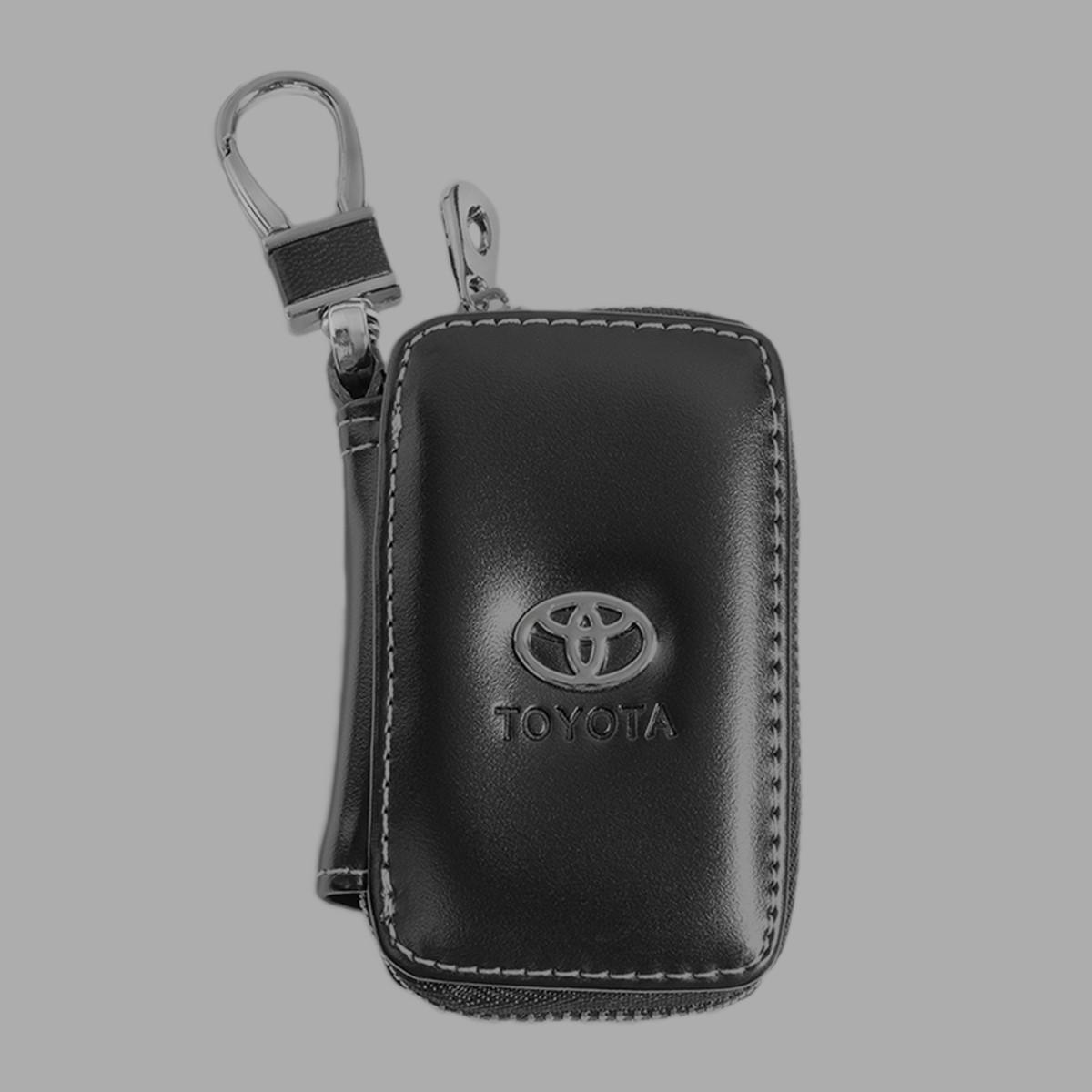 Ключница Carss с логотипом TOYOTA 07011 черная
